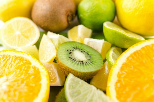 What are the Herbal Sources of Vitamin c